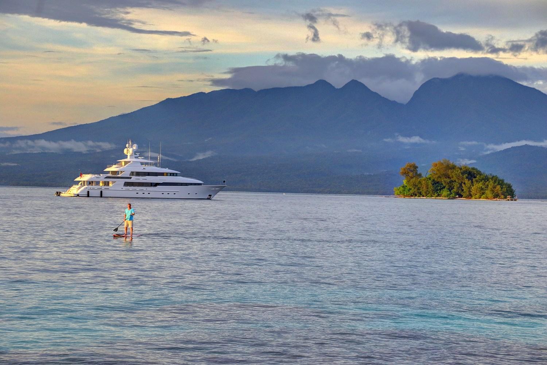 how to get to solomon islands